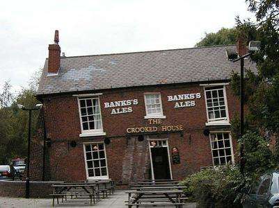 Crooked_house_dudley[1]